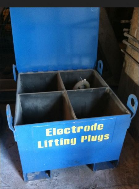 Lift Plug Storage Container